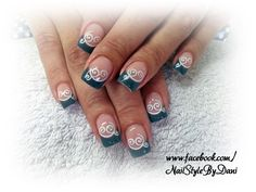 Noble grey with stamping - www.facebook.com/NailStyleByDani