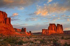 Watch the sunrise in the desert - Moab, Utah - credit: Nate Zeman