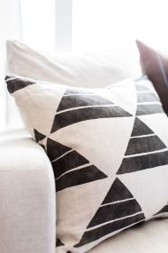 A Chicago Pied-a-terre Home Tour - Style Me Pretty Living