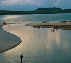 Não é à toa que Alter do Chão, localizada às margens do tio Tapajós, no oeste do Pará, é conhecida como o 'Caribe Amazônico'. Formada por ar...