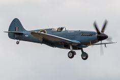 Asti's Spitfire Ww2 Spitfire, Supermarine Spitfire, Ww2 Aircraft, Military Aircraft, Military Humor, Vintage Airplanes, War Machine, Scale Models, Military Vehicles