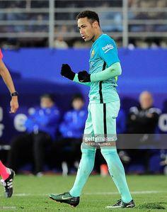 Barcelona's Brazilian forward Neymar celebrates after scoring his team's fourth goal during the Spanish league football match SD Eibar vs FC Barcelona at the Ipurua stadium in Eibar on January 22, 2017. / AFP / ANDER