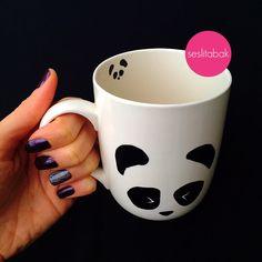 Kim demiş Ülkemizde panda yok diye? Panda her içeceğinde seninle birlikte olabilir! Instagram: seslitabak Twitter: seslitabak Sipariş için Gmail: seslitabakci@gmail.com Whatsapp: +90 5334292208