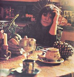 here is where i upload scans of my favourite people in the world of music, film and pop culture. Melanie Safka, Classic Rock Bands, People Icon, Iconic Women, Listening To Music, Faeries, Photo S, Musicians, Pop Culture