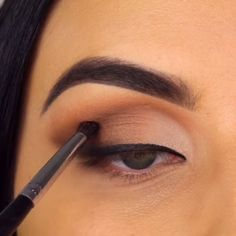 Pin-- 10 Glamorous Makeup Tips and Tutorials!--Video Pin-- 10 Glamorous Makeup Tips and Tutorials! 10 Glamorous Makeup Tips and Tutorials! over 50 over 50 Natural Eyes Eyeshadow Palette - Too Faced Makeup Eye Looks, Smokey Eye Makeup, Eyebrow Makeup, Skin Makeup, Eyeshadow Makeup, Beauty Makeup, Eyeshadow Palette, Makeup Brush, How To Makeup