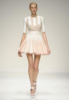 2d189a8e51ac3 AllThingsNew: Ballet Inspired Fashion Ballet Inspired Fashion, Ballet  Fashion, Love Fashion, Fashion