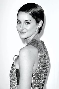 SHAILENE WOODLEY DISCUSSES LUCID DREAMING