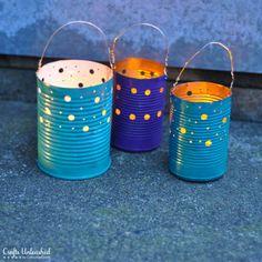 Graziose lanterne Shabby realizzate con lattine vuote