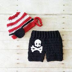 Crochet Baby Pirate Hat Beanie Shorts Diaper Cover Pants Set Skeleton Skull Bones Costume Infant Newborn Photography Photo Prop Shower Gift