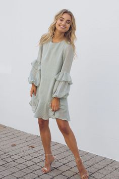 20 trends & pretty looks casual spring outfits for inspiration page 5 Girly Outfits, Stylish Outfits, Cute Outfits, Stylish Clothes, Simple Outfits, Cute Dresses, Casual Dresses, Fashion Dresses, Women's Fashion