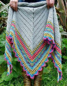 Sunday Shawl By The Little Bee - Alia Bland - Purchased Crochet Pattern - (ravelry) Mode Crochet, Crochet Motifs, Knit Or Crochet, Crochet Scarves, Crochet Clothes, Crochet Stitches, Simple Crochet, Crochet Capas, Knitting Patterns