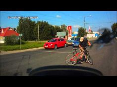 Cyclist vs Cyclist  Cyclist knocked down a cyclist.