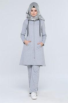 New Season Products Wholesale Price Islamic Fashion, Muslim Fashion, Modest Fashion, Hijab Fashion, Girl Fashion, Fashion Outfits, Sporty Outfits, Sporty Style, Modest Outfits