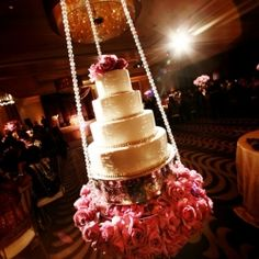 Can't think of something to do for the cake table at your wedding? To get you inspired here are 15 Stunning Cake Table Ideas