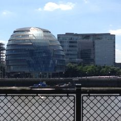 More use of curvature and glass in London's 'City hall'