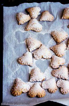 cuori di ricotta al limoncello per San Valentino - heart-cookies with ricotta&limoncello