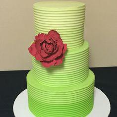 A summer buttercream wedding cake Buttercream Wedding Cake, Food Network Recipes, A Food, Cupcake Cakes, Rio, Wedding Cakes, Bridal Shower, Bakery, Desserts