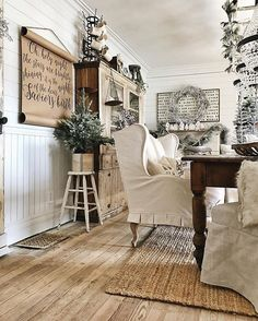 Awesome 60 Amazing Dining Room Wall Decor Ideas https://homstuff.com/2017/06/11/60-amazing-dining-room-wall-decor-ideas/