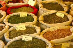 Gewürze auf einem Markt auf Zypern Europe, Cyprus, Islands, Food And Drinks