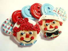 *RAGGEDY ANN & ANDY ~ Buttons