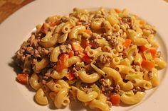 Curry - Sahne - Nudeln mit Gehacktem, ein sehr schönes Rezept aus der Kategorie Gemüse. Bewertungen: 31. Durchschnitt: Ø 4,3.