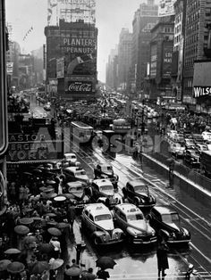 Times Square During a President Franklin D. Roosevelt Speech Transmission, New York, 1941 Landscapes Photographic Print - 46 x 61 cm