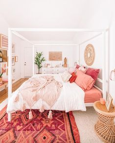 38 Romantic And Girly Pink Bedroom Design For Your Home - Page 27 of 38 - Veguci Romantic Bedroom Decor, Pink Bedrooms, Bohemian Bedroom Decor, Modern Bedroom, Contemporary Bedroom, Bohemian Decorating, Girls Bedroom, Bohemian Apartment, Bedroom 2018