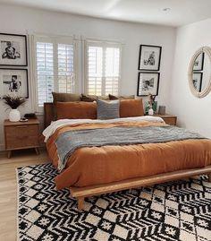 Bohemian House, Bohemian Bedroom Decor, Home Decor Bedroom, Bedroom Decorating Ideas, Bohemian Interior, Diy Bedroom, Modern Bohemian Decor, Warm Bedroom, Moroccan Bedroom Decor