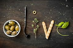 Food typography by Marion Luttenberger Think Food, Love Food, Food Type, Food Photography Styling, Food Styling, Food Design, Design Art, Olives, Food Alphabet