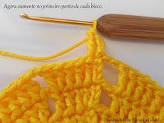 Diandra Arte em Crochê: PAP- TRILHO DE MESA RAIO DE SOL Crochet Doily Diagram, Crochet Doilies, Yellow Pattern, Lana, Crochet Necklace, Crochet Table Runner, Farmhouse Rugs, Yellow Centerpieces, Yellow Table