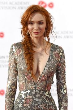 Eleanor Tomlinson at 2017 British Acade., Eleanor Tomlinson at 2017 British Academy Television Awards in London Scarlett Moffatt, Red Hair Woman, Red Hair Girls, Redheads Freckles, Eleanor Tomlinson, Actrices Sexy, Beautiful Red Hair, Beautiful Women, Gorgeous Makeup