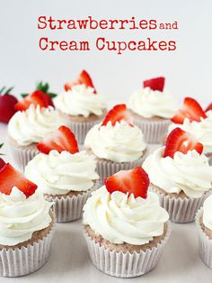 Strawberries and Cream Cupcakes. Strawberries and Cream Cupcakes - super moist strawberry cupcakes topped with a fluffy cloud of whipped cream frosting. Summer Cupcakes, Sweet Cupcakes, Strawberry Cupcakes, Strawberry Desserts, Summer Desserts, Easy Desserts, Strawberry Puree, Mocha Cupcakes, Velvet Cupcakes
