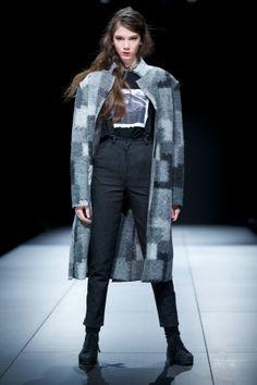 KAS KRYST, Off Out of Schedule, 10. FashionPhilosophy Fashion Week Poland, fot. Łukasz Szeląg  #kaskryst #fashionweekpoland #lodz #fashionshow #fashionphilosophy #offoutofschedule #egoinspiracje #harvardbusinessreview