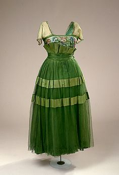 TIANA - Not for the period, mind you, more for some of the floral detailing and colours.  Very eye-catching.  Evening dress, 1914-17