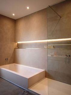 Nichos embutidos no banheiro é uma nova tendência.  http://www.justleds.co.za