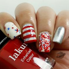 patrioticnails.quenalbertini: July 4th Nail Art | IG mai.painted.nails