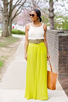 How you accessorize your look is what helps to set your look apart! Catch the styling tips here.