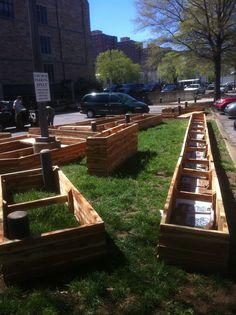 Garden box structures: good wood, good design.