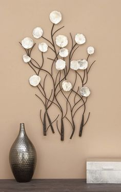 101 Unique Wall Decorations Ideas To Create Beautiful Home - Are you searching for a way to add beauty and personality to your home? Then consider adding unique wall decor. When you think of unique wall decor on. Unique Wall Decor, Metal Wall Decor, Diy Wall Art, Wall Décor, Modern Decor, Wood Wall, Handmade Home Decor, Diy Home Decor, Deco Floral