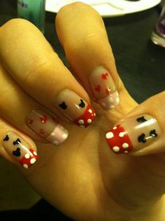 Right hand for mickey and minnie mouse