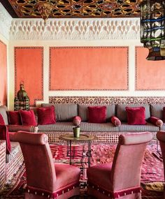 The Moroccan lounge @fincacortesin in Marbella pays homage to the area's Moorish history, with decorative tiling, intricate mouldings and brass filigree galore. Via @pamelajaccarino