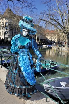 Sparkling in black dress with blue overlay at Venice carnival 2016