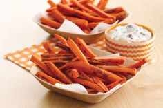 Everyone loves French fries, but a medium order at a fast-food restaurant has an average of 400 calories and 20 grams of fat! Diet-friendly recipes are an absolute must. Here's everything you need to whip up your own guilt-free fries at home...