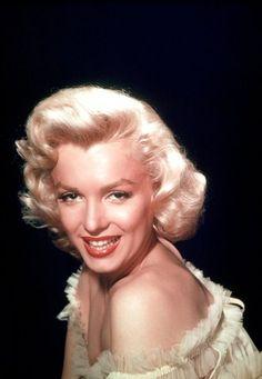 Marilyn Monroe - See this image on Photobucket.