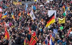 Bei den Einheitsfeiern zeigten lautstarke Protestler, was ihnen wichtiger ist: Die rassistische Saat der DDR und der sächsischen Landesregierung unter Ministerpräsident Stanislaw Tillich geht auf. Ein Kommentar von Jan Rübel Ein Auslandskorrespondent aus, sagen wir Mikronesien, wird gestern in Dresden