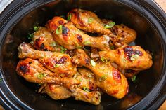 Looking for a quick and easy way to cook chicken drumsticks with your crockpot? This recipe for slow cooker soy and ginger chicken drumsticks is the perfect addition to any lunch or dinner. Chicken Drumstick Recipes, Chicken Wing Recipes, Chicken Ideas, Crockpot Meals Easy Chicken, Dinner Crockpot Recipes, Breakfast Crockpot, Easy Chicken Dinner Recipes, Slow Cooking, Salads