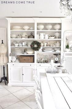 shabby chic kitchen designs – Shabby Chic Home Interiors Country Kitchen, New Kitchen, Kitchen Decor, Kitchen Storage, Vintage Kitchen, Kitchen Ideas, Rustic Kitchen Cabinets, Cabinet Storage, Stylish Kitchen