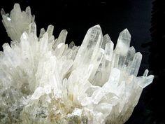 Quarzo - Scheda Scientifica - Minerali - Silicati - Minerali.it