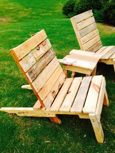 Outdoor Pallet Chairs I made.