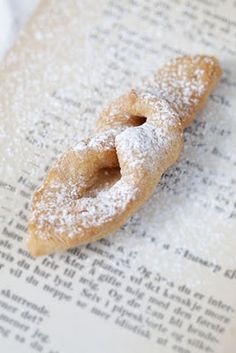 "Csöröge - Hungarian New Years Eve fried cookie - light and airy, dusted with powdered sugar. Link brings you to a Danish blog - the word to look for is ""Fattigmann"""